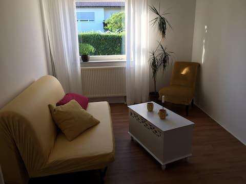 Zenzi: Ruhiges, gemütliches Zimmer im Allgäu