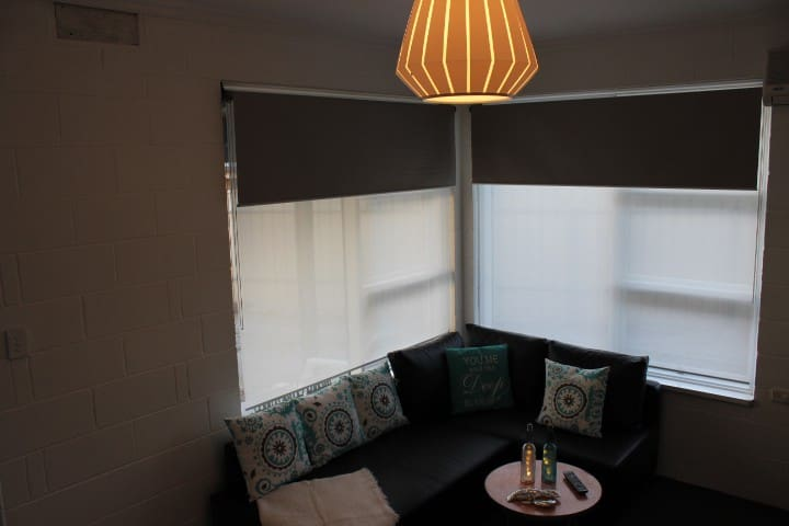 Lounge with Day/night blinds.