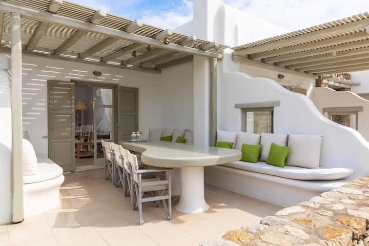 Villa for 6, Pool, 400m to Korfos & Ornos beaches