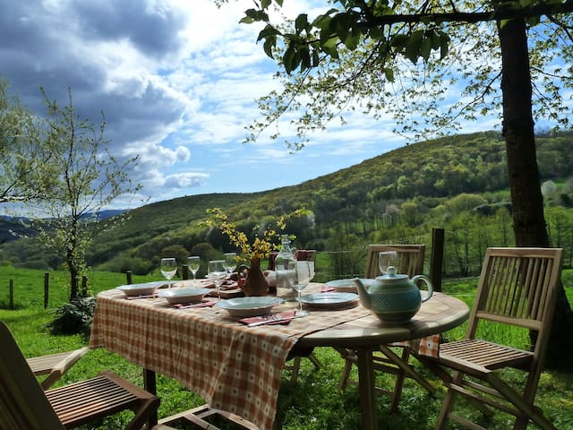 Charming Burgundian cottage - Villapourçon - House