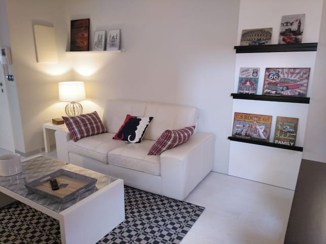 New apartment, renovated in the historical center