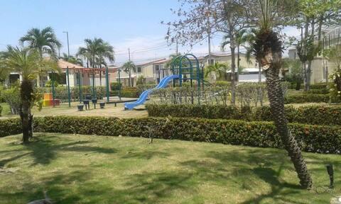 Entrada Privada Cerca de Guayaquil 20-30M Airport