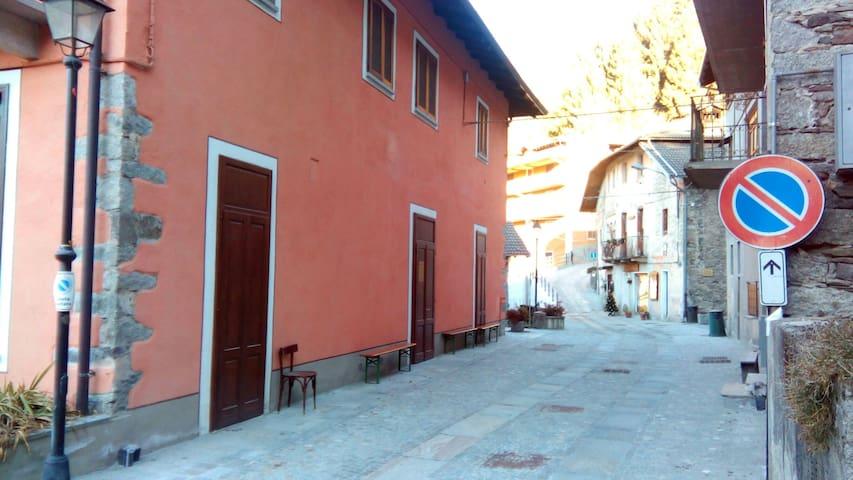 Casetta accogliente in paese - Sabbia - House