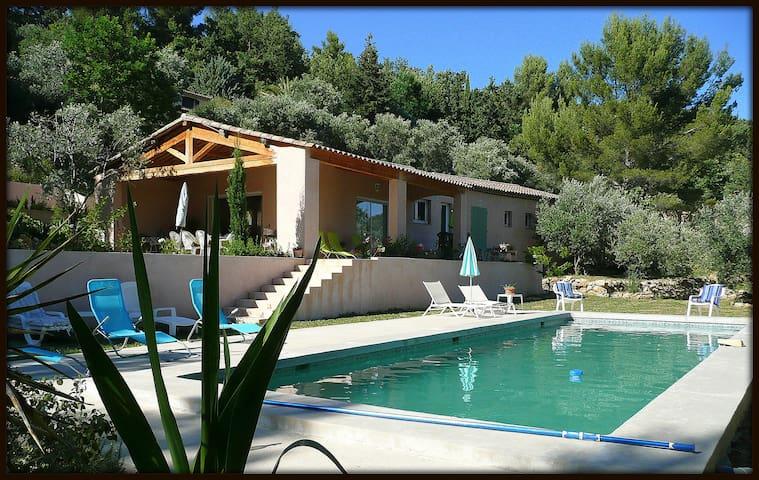 Charmante maison 180m² au calme avec piscine