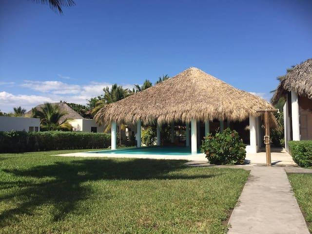 Alquiler para vacaciones o eventos - Monterrico - House