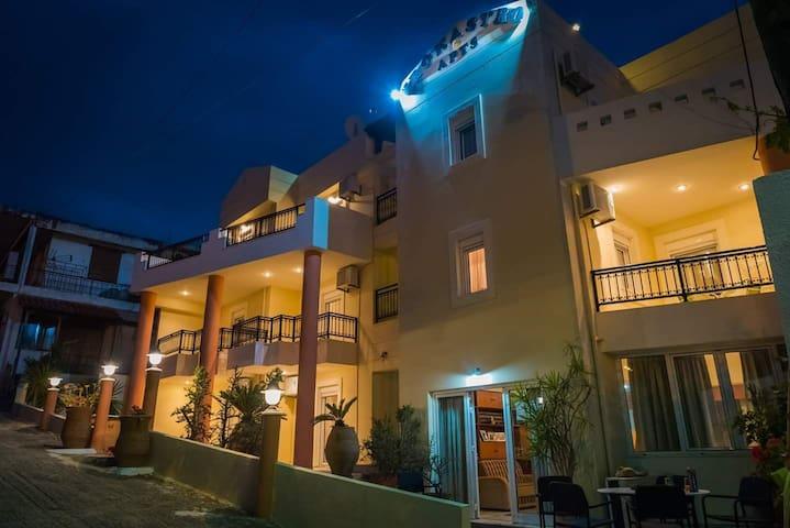 Wonderful 3 bedroom apartment in Istro Vrocastro