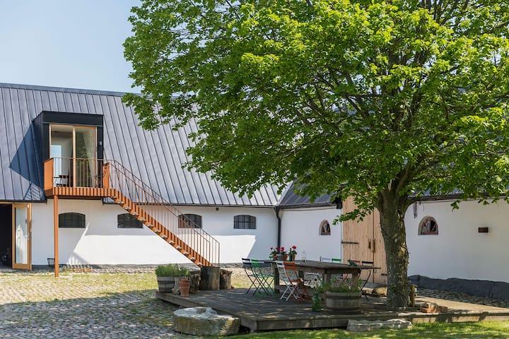 Studio apartment in Österlen farmhouse Grams Gård