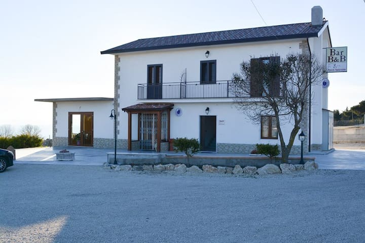 B&B Pietra Spaccata - Gesualdo - Bed & Breakfast