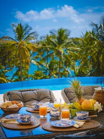 Luxury 4 bedroom Bequia Beach Hotel Estate Villa
