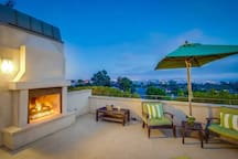 Rooftop Deck - Gas Fireplace