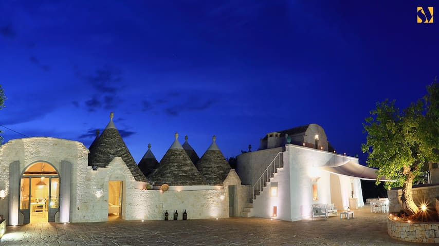 Amazing exclusive trullo with swimming pool - Martina Franca - Casa de camp