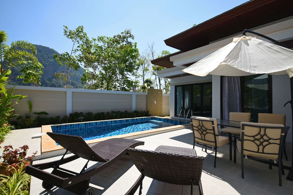 Completely private pool, sun loungers and outdoor dining.