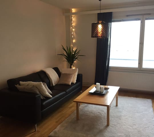 A comfortable and cozy apartment in Vaasa's centre - Vaasa - Apartment