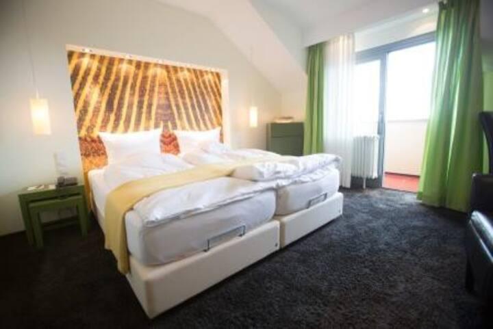 Hotel Heiligenstein, (Baden-Baden), Einzelzimmer Standard, 18qm, max. 1 Person