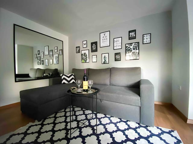 Apartment Mirela ♥️ cosy studio 1000m from Old Town