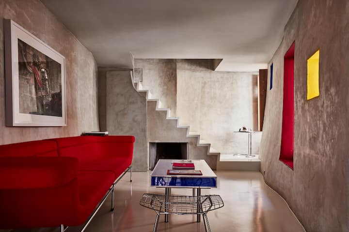 Modern private house in Luberon, Gordes, Provence