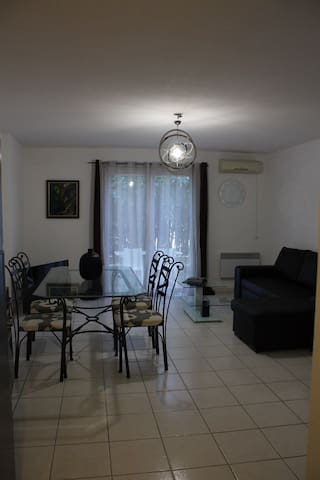 Chambre dans appart avec jardin - Sainte-Maxime - Apartment