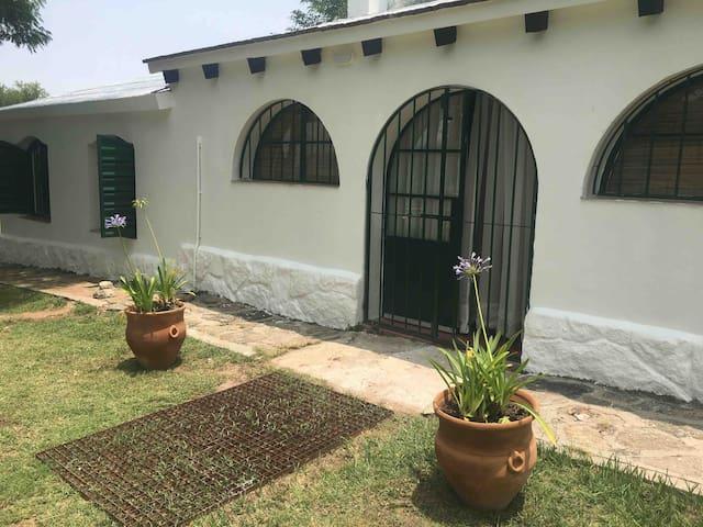 HENÉN Traslasierra . Casa de Campo