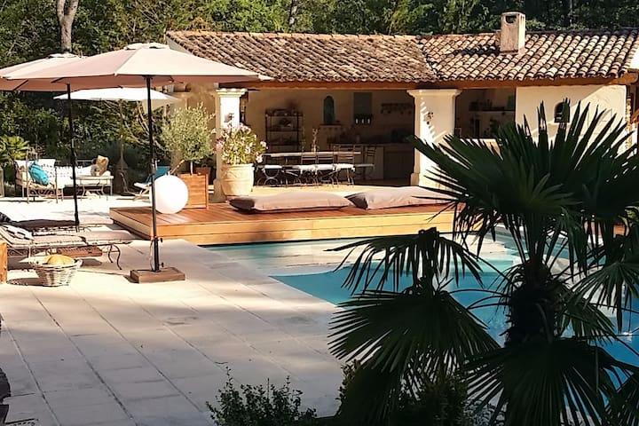 Maison de charme campagne Aix en Provence