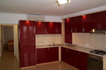 Central apartment/flat Arad - Arad - Apartament