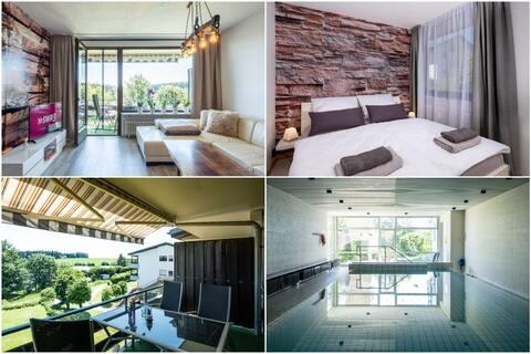 *Black Forest Schwarzwaldblick* Pool+Balkon+Wifi