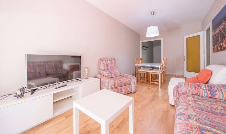 Apartment Montserrat 32-2