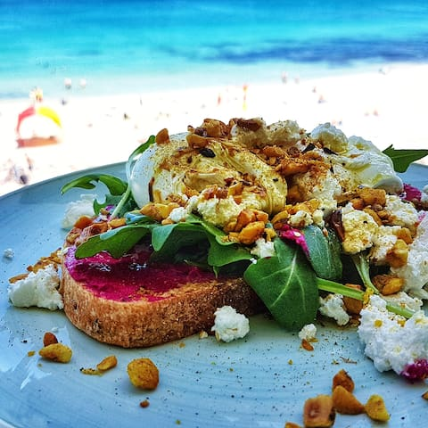 Breakfast on the beach at Barchetta. Swim in the ocean, shower off, breakfast on the balcony or terrace. Best ocean view breakfast location. We always go there.  . www.barchetta.com.au/ . image from google images