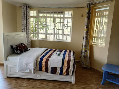 Eko home with 2 spacious rooms and magnificent garden.