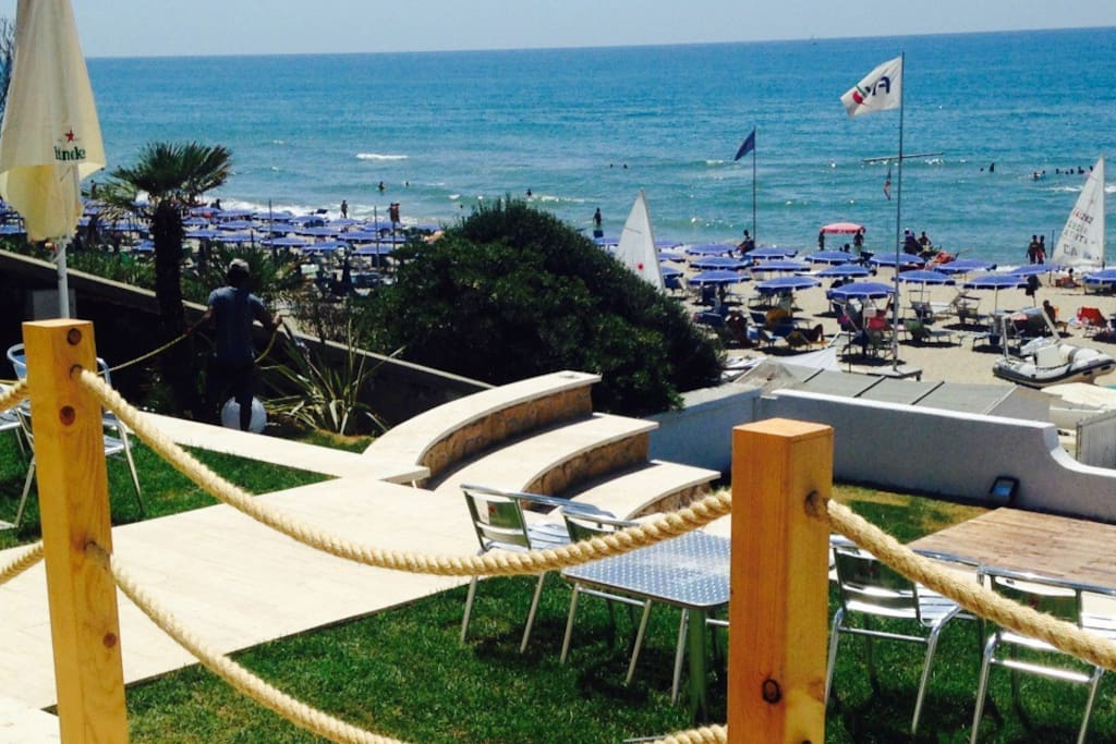 Lavinio Mare; public and private beach just 2 km from the house http://abbraccio.club/attivita.php