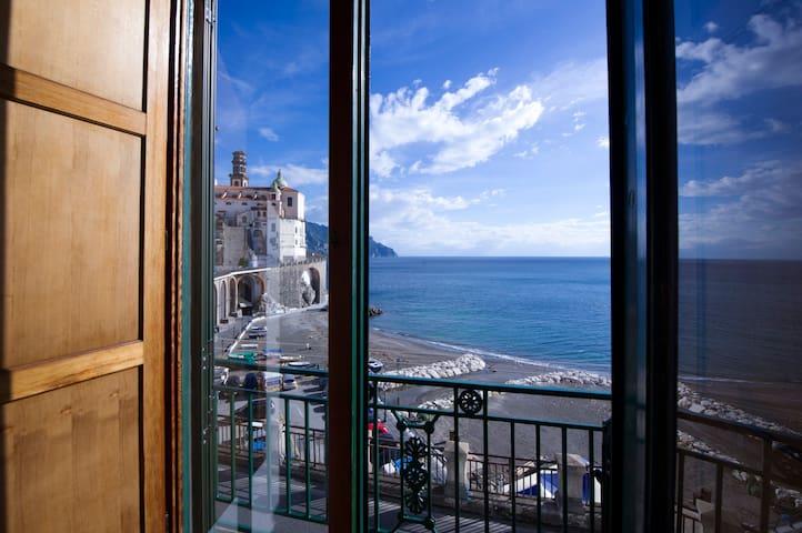 balcone camera da letto