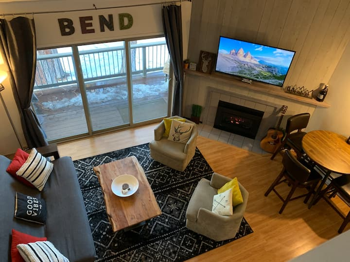 Charming Mt. Bachelor Village Condo