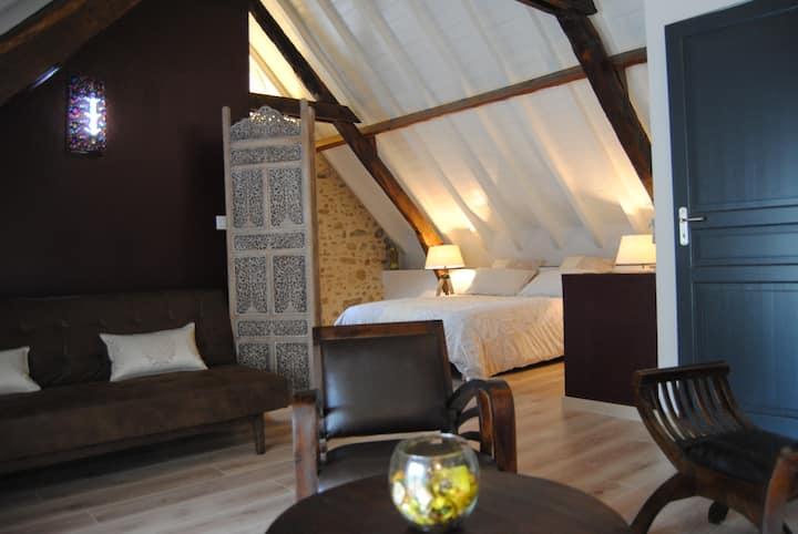 Chambres d'Hôtes Chez Darrouy (chambre Campanule)