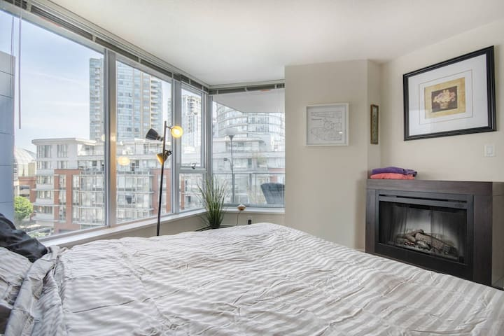 Spacious Downtown Vancouver Master Bedroom