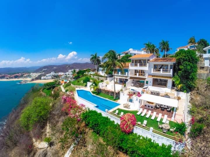Luxury Villa with impressive ocean view - Huatulco