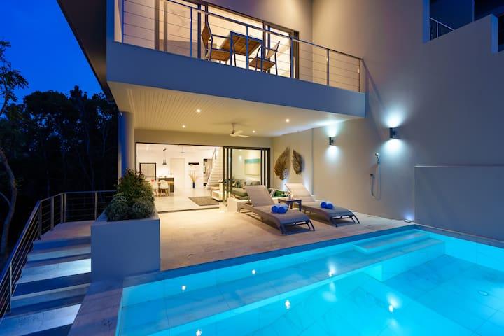 New Seaview, Private Pool Villa near Bangrak Beach