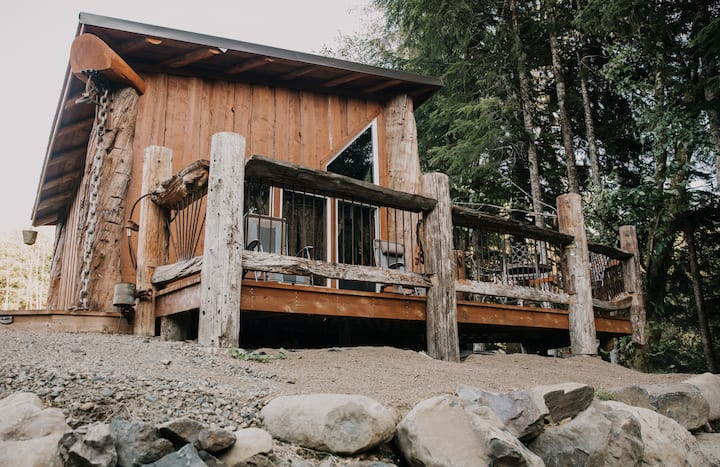 Logger Cabin - Upgrading your camping experience