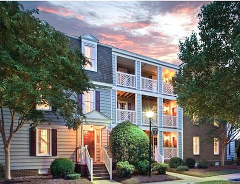 Stay Amidst the Historic Williamsburg