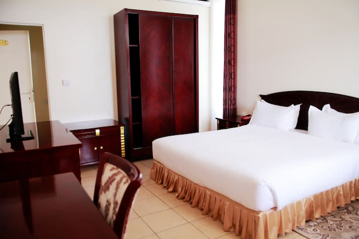Comfortable stay in a classy&relaxed atmosphere.