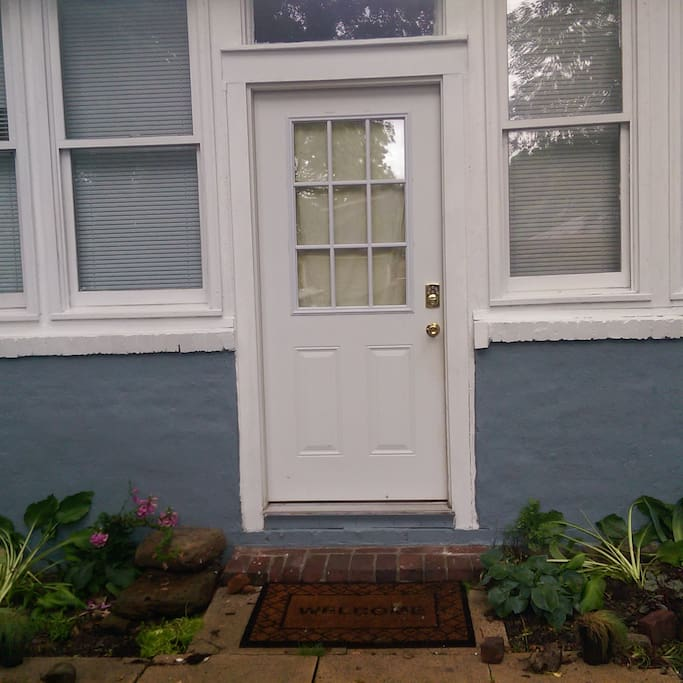 Apartment Duplex For Rent: Midtown Duplex Apartment Steps From Overton Square