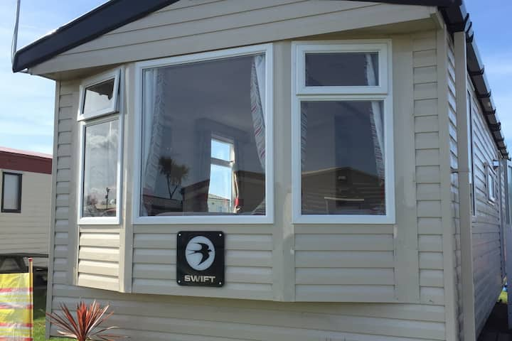 SeaSalt -Low cost accommodation, Harlyn Sands