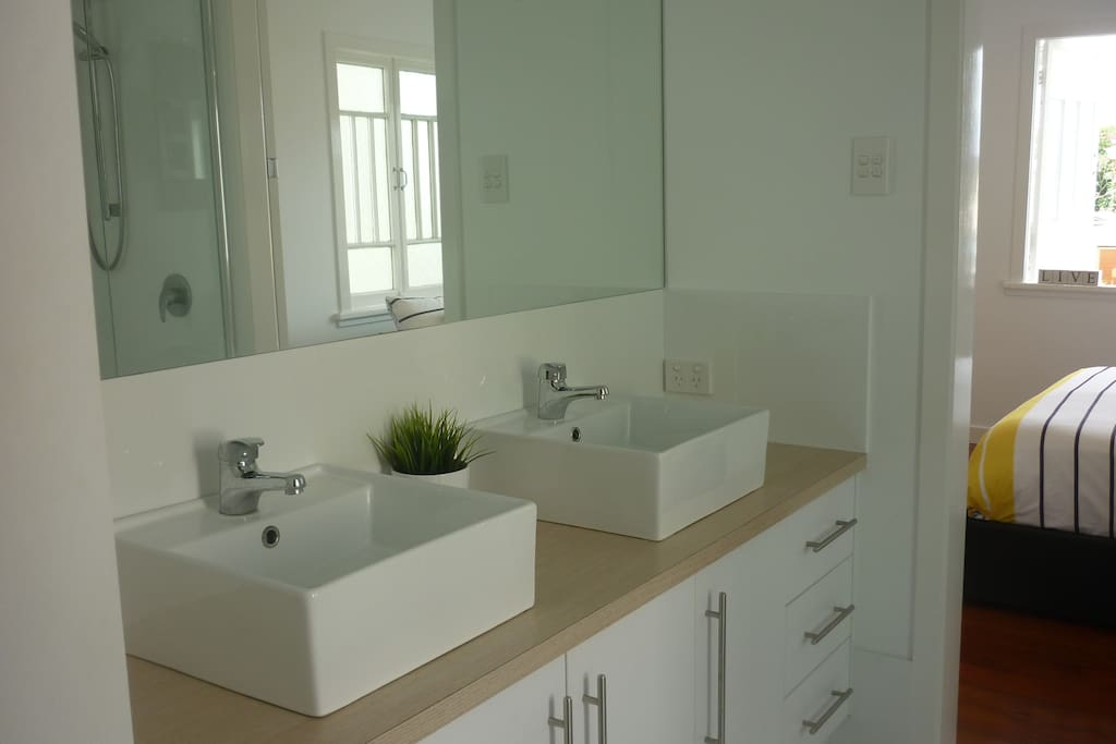 Ensuite with shower, toilet and robe.