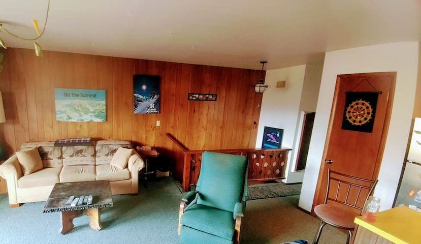 Comfortable living room to relax in after a day on the slopes/trails.