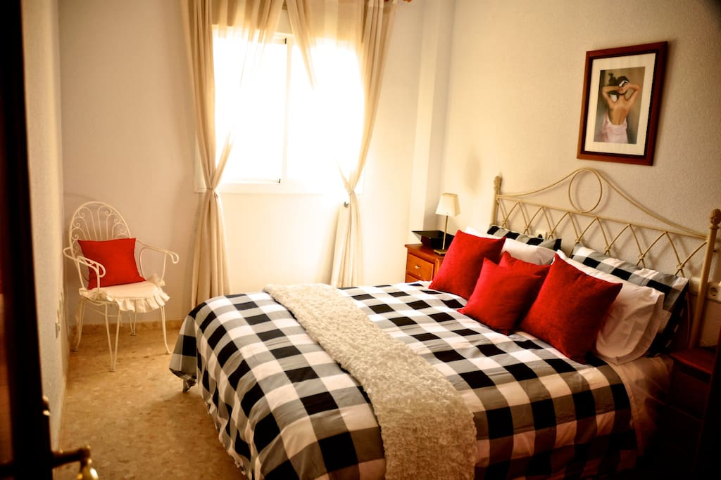 All rooms have double beds.