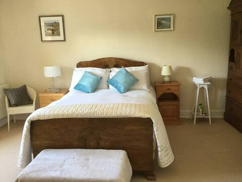 Double Bedroom, East House