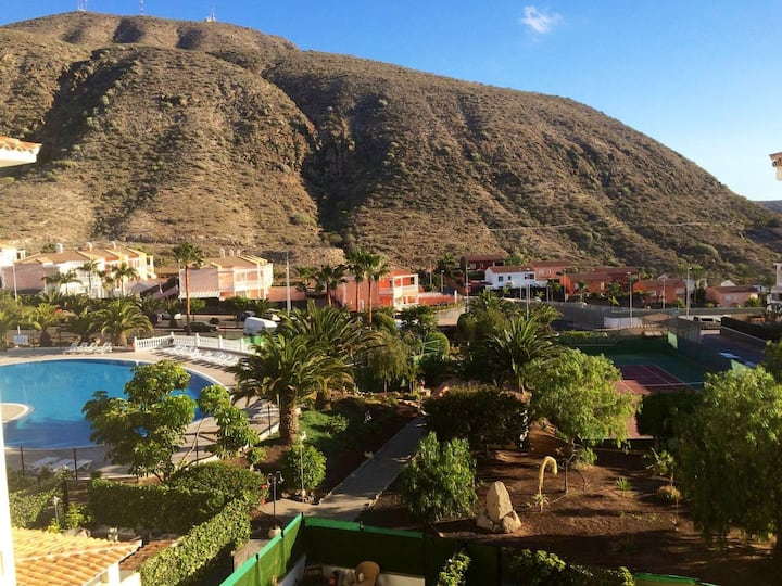Private En-suite Los Cristianos Pool & Tennis