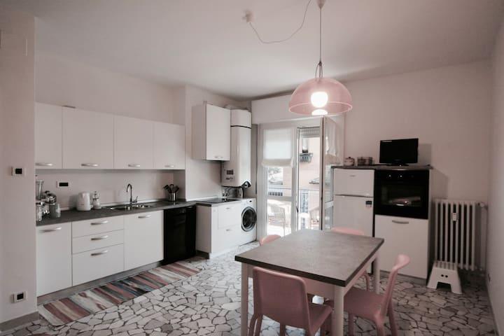 cosy appartament in Trento. - Trento - Apartamento
