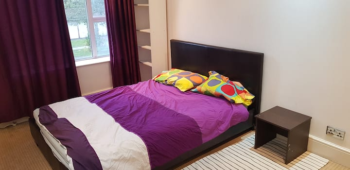 Double room near Canning Town E16