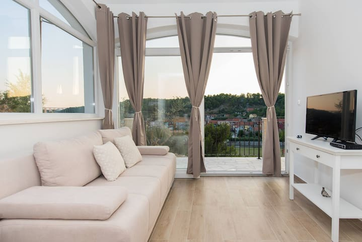 Luxury 1BR apartment **** - Skradin  - วิลล่า