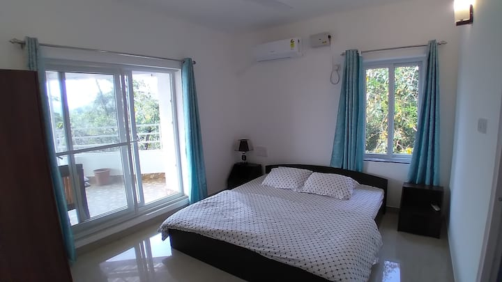 Luxury 1BHK.PvtTerrace.Near PalolemBeach.FastWifi