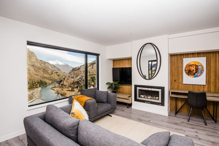 Shotover Riverside Penthouse Apartment 24
